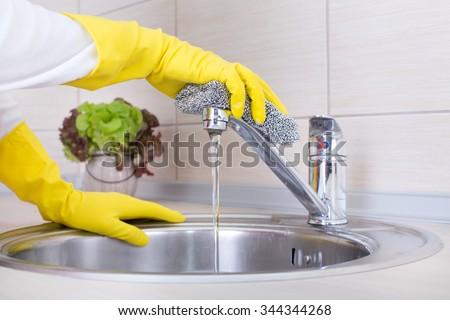 fix leaky american standard tub faucet