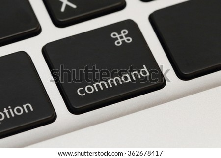 close up on command button on the keyboard