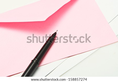 Close up pen and envelope./ - stock photo