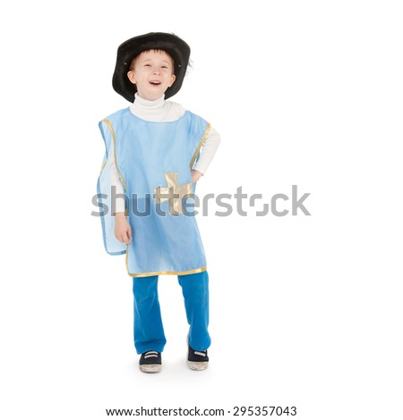closeup image of the little boy in the musketeer costume