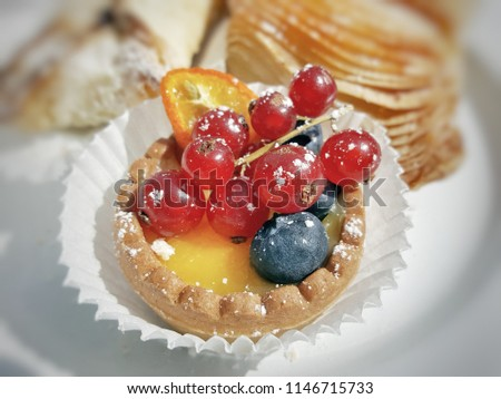 stock-photo-closeup-italian-pastry-11467