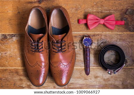 Wooden Bowtie Stock Images, Royalty-Free Images & Vectors ...