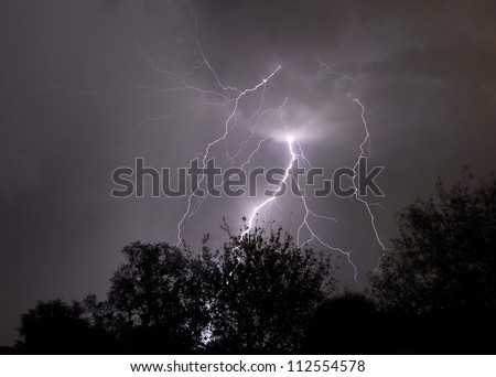 Cloud to Ground Lightning with feeders