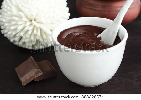 Cocoa (dark chocolate) face and body mask in a bowl