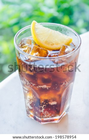 Cola lemon glass