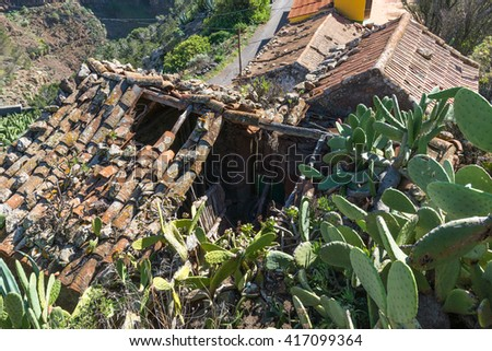 Collapsed house in the village Arure on the Canary island Gomera. Arure is a hamlet and part of the Valle Gran Rey but situated outside the valley. Agriculture is the main yield of the population - stock photo