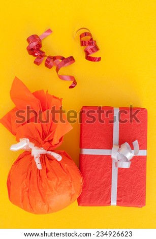 colored gifts