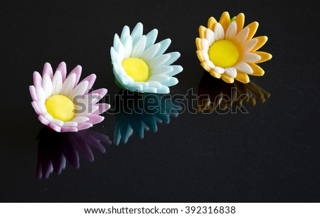 colored sugar flowers