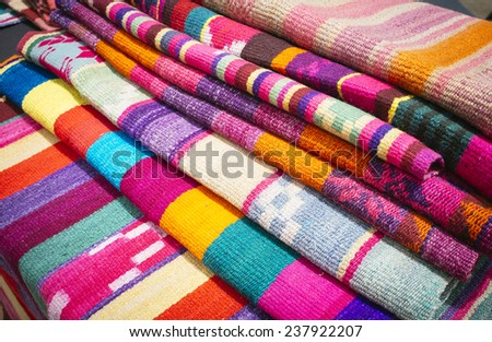 colorful fabrics woven loom indijena Latin American crafts