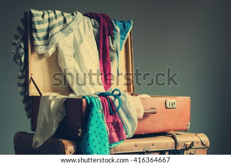Vintage Trunk Stock Photos, Royalty-Free Images & Vectors ...