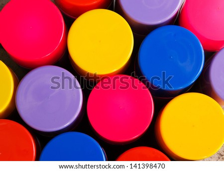 Colorful Lid of Spray in box
