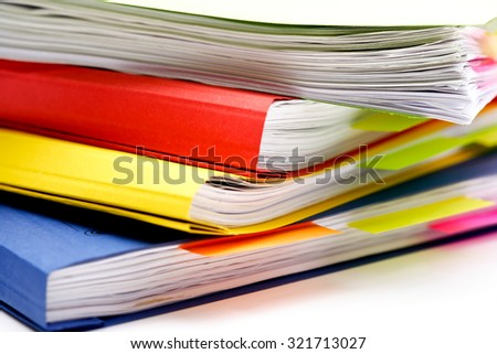 Colorful loose-leaf binders with memos
