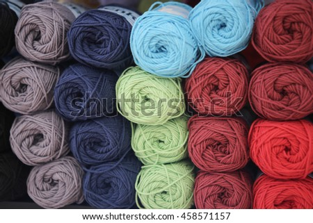 Colors of wool
