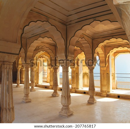 columns in palace - Jaipur fort India