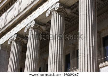 Columns on the facade of a museum in Chicago.