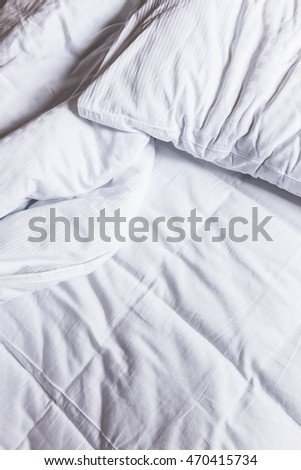 Comfy bed sheets in a hotel room