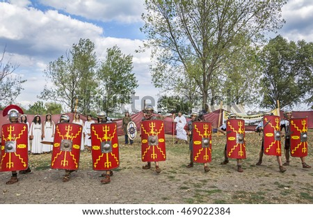 CONSTANTA, ROMANIA - AUGUST 13, 2016. First edition of  Antique Festival Danais - Tomis Arena ,who present habits, lifestyle and fighting tactics of the Romans and the Dacians.