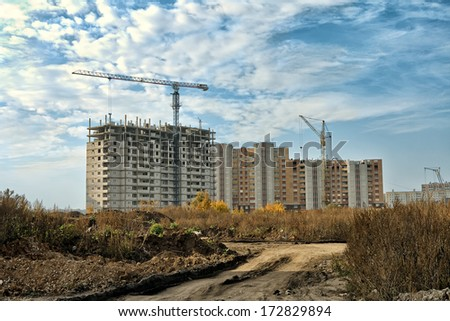 Construction of a multistory building in the city of Lipetsk.