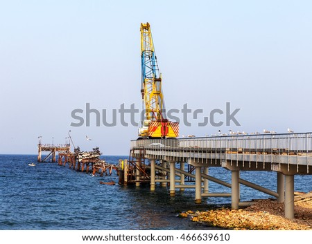 Construction of traffic artery of the bridge with a railway line on a sea berth for unloading transprtnyh ships. Marine Construction in port, Tyulenovo, Bulgaria; 2016