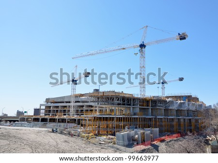 construction site for new condominiums