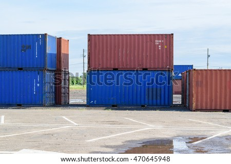 containers in the row.