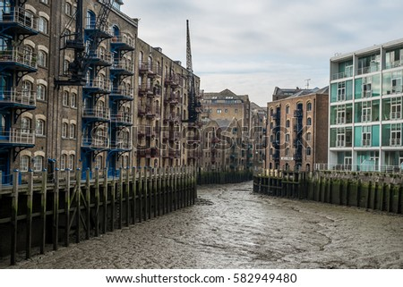 London Old Warehouse Stock Images Royalty Free Images Vectors