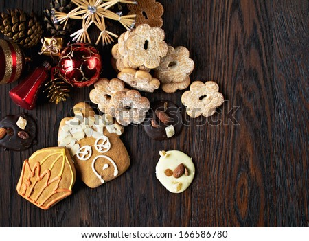 Cookie with christmas decoration on the wooden table