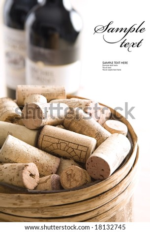 Corks in to the barrel (easy to remove the text)