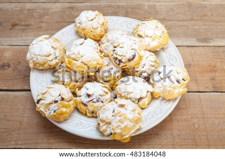 Corn flake cereal cookie