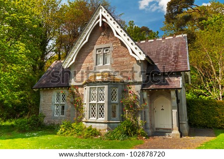 Cottage House In Killarney National Park Ireland Stock Photo