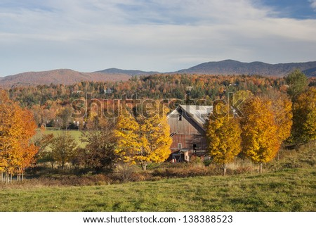 Country barn during fall foliage, Stowe, Vermont, USA