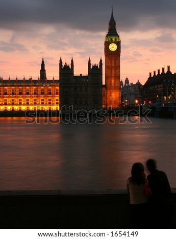 Couple at Big Ben after sunset