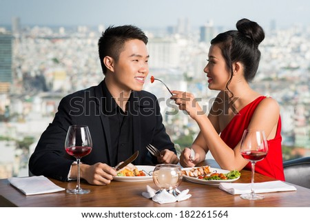 dating and having a girlfriend Welcome to your world, the world of having a clingy girlfriend that's tough a friend of mine is going through it right now his girlfriend wants to do everything together — every trip, every moment, every dinner, every movie.
