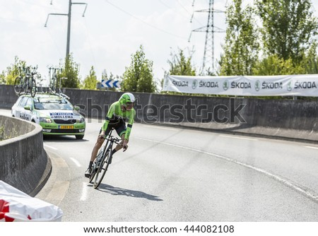 COURSAC,FRANCE-JUL 26: The Dutch cyclist Bauke Mollema ( Belkin Pro CyclingTeam) pedaling during the stage 20 ( time trial Bergerac - Perigueux) of Le Tour de France 2014.