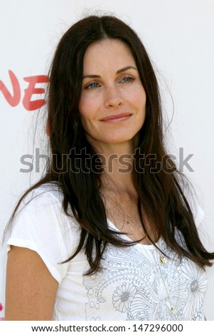 "Courtney Cox arriving at the ""A Time for Heroes"" Pediatric AIDS 2008 benefit at the Veterans Administration grounds Westwood,  CA June 8, 2008 - stock photo"