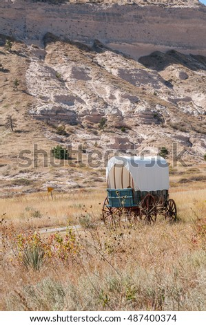 Covered wagon at Scotts Bluff National Monument in Nebraska.
