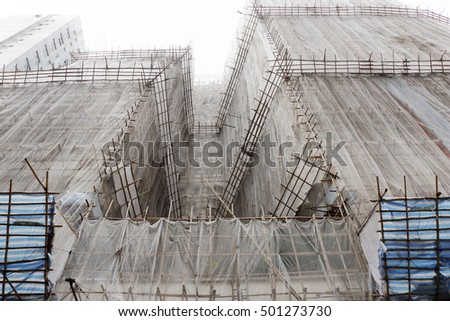 covering building under construction for safety in Hongkong