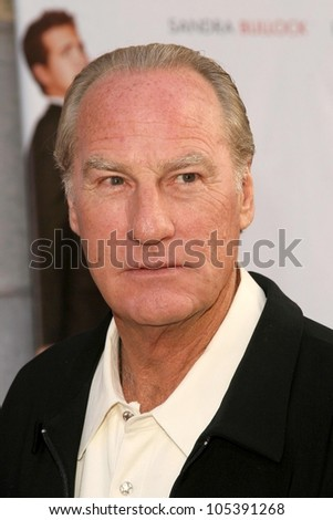 Craig T. Nelson at the Los Angeles Premiere of 'The Proposal'. El Capitan Theatre, Hollywood, CA. 06-01-09 - stock photo