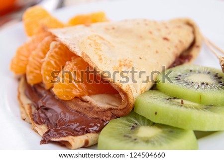 crepe with fruits and chocolate