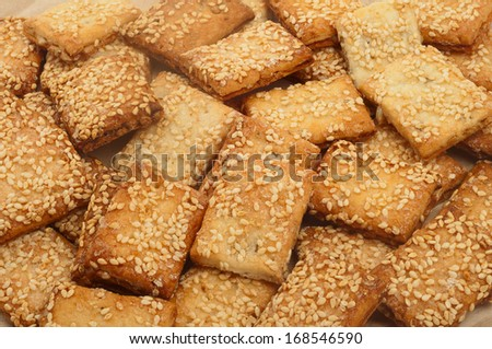 crispy biscuit with sesame seeds
