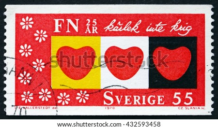 CROATIA ZAGREB, 15 NOVEMBER 2015: a stamp printed in the Sweden shows Hearts, Love, Not War, circa 1970