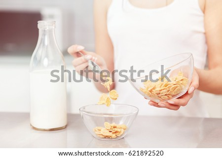 how to prepare corn flakes with milk