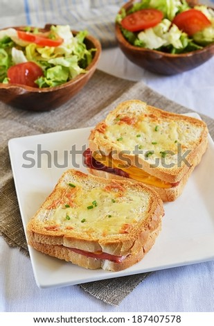 Croque monsieur with green salad
