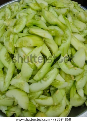 Cucumber sliced ready to eat