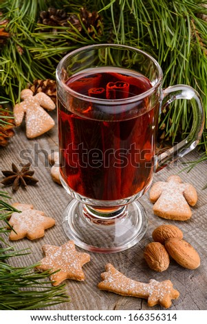 cup of mulled wine and cookies