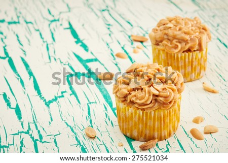 Cupcakes on vintage background