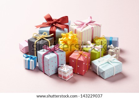 Cute gift boxes on pink background.  Cute Gift boxes with Cute bow.