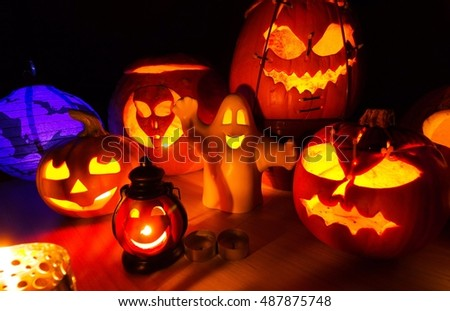Cute Halloween pumpkins at night - halloween party cute background