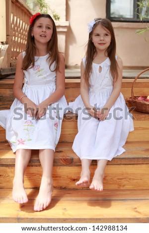 cute white girls feet nude