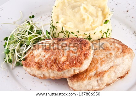 Cutlets with mashed potatoes